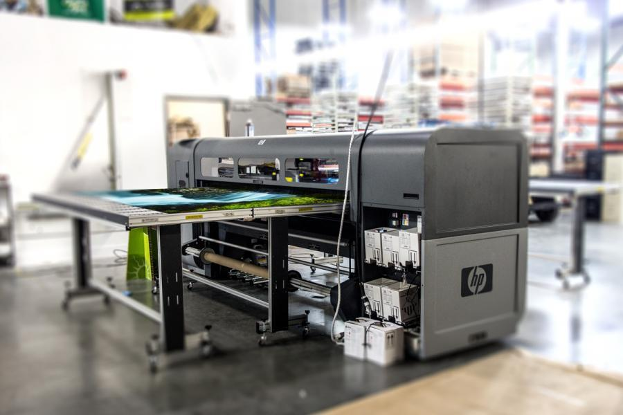 Large Format HP FB700